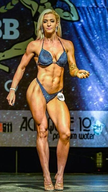 Alisha Viljoen South Beach Tan